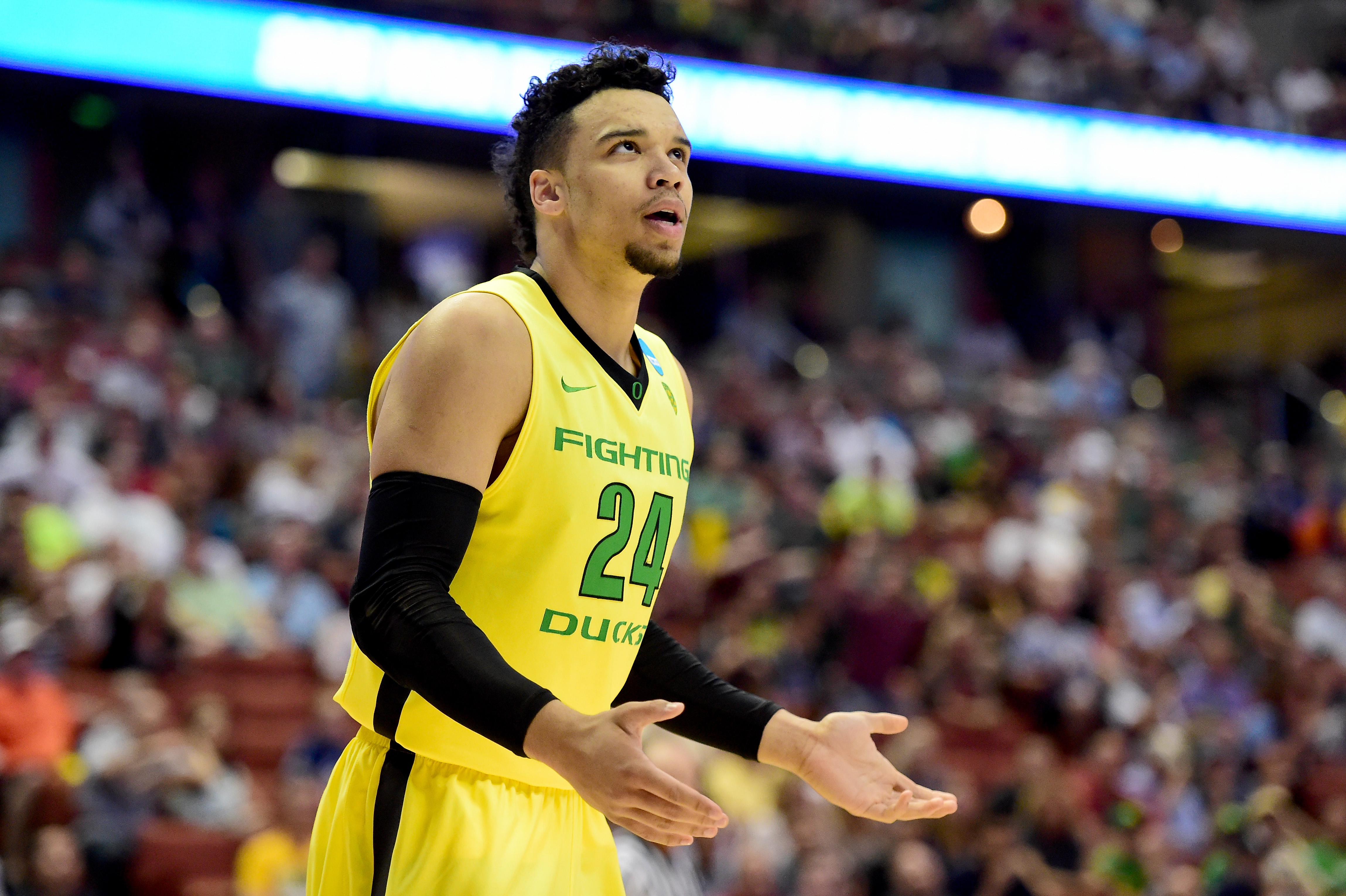 Altman backs Brooks after late-game drama with Coach K