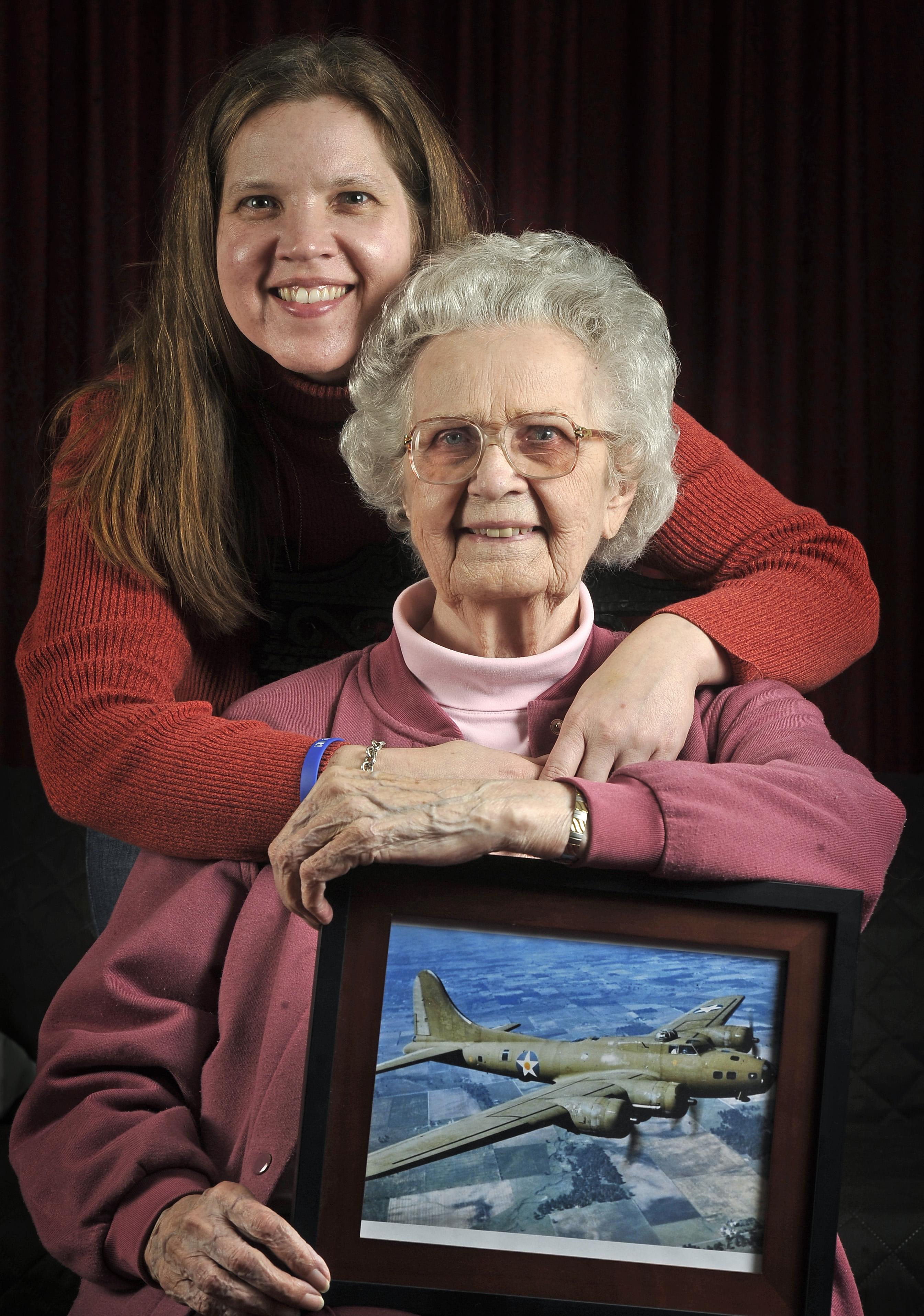 Rosie The Riveter Grandma Inspires Nasa Granddaughter Newswest9 Com