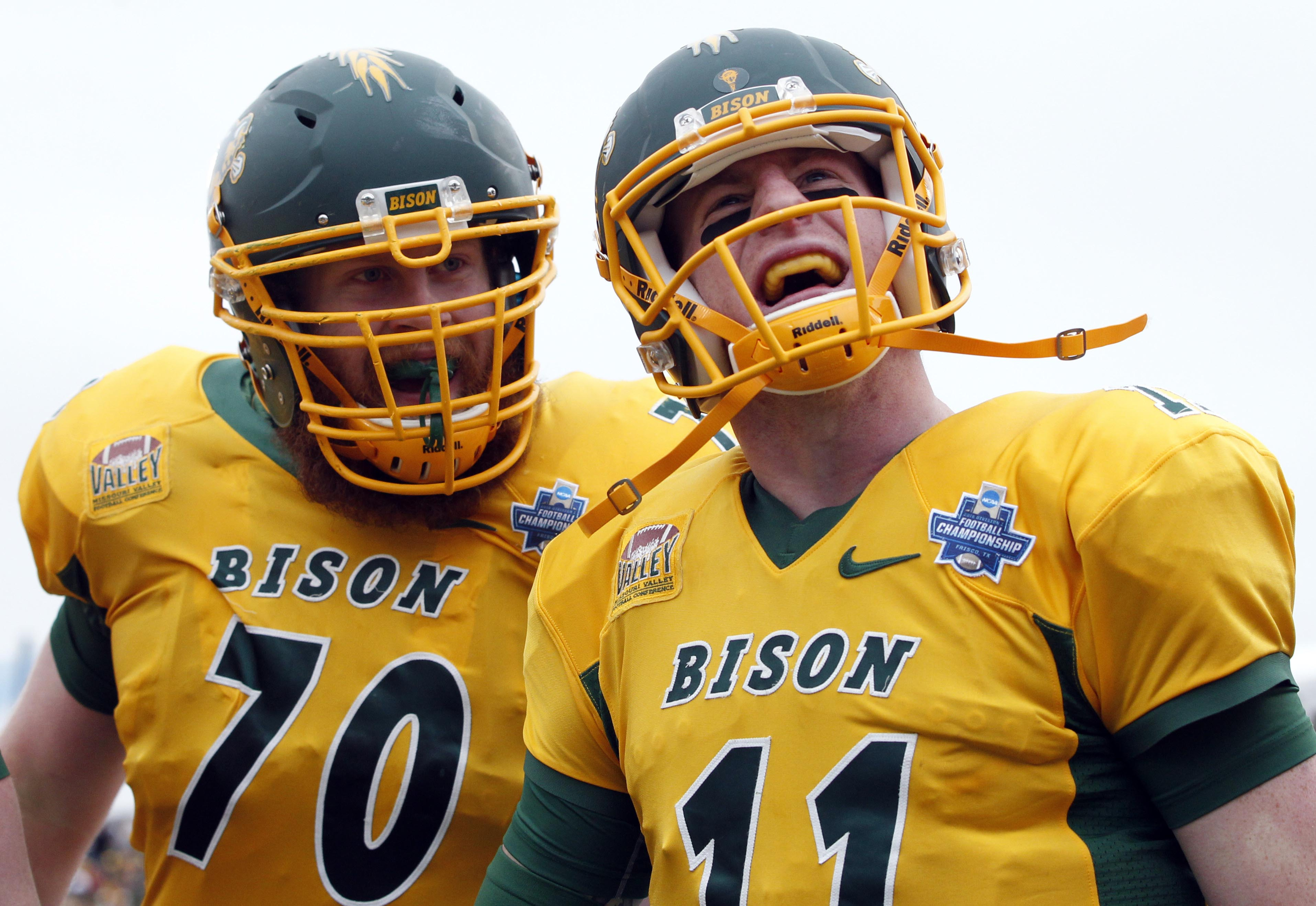 The Best Carson Wentz College Background