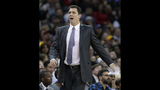 Lakers hire Warriors assistant Luke Walton as head coach