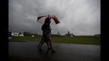 Vegas, Stuard share lead in rain-delayed Zurich Classic
