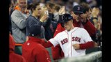 Red Sox ride hot bats to hand Yankees 4th straight loss, 8-0