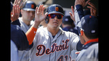 Saltalamacchia lifts streaking Tigers over Twins, 6-5