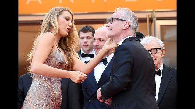 Blake Lively explains those lipstick marks: Cannes mystery solved | KTVB.COM