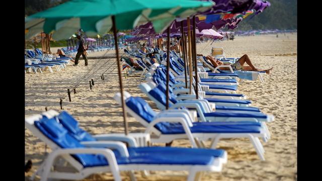 thailand struggles overcrowding national parks