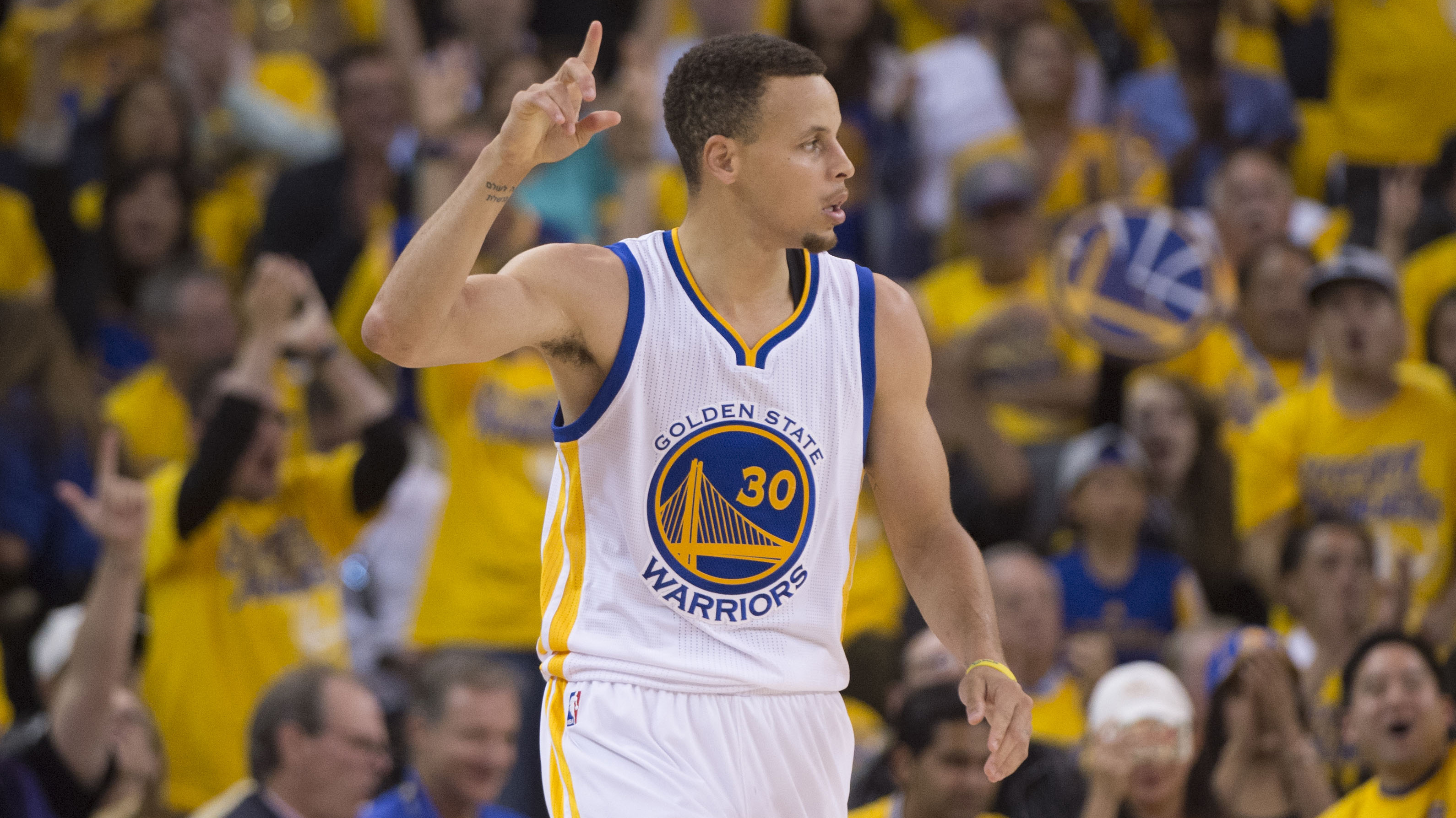Stephen Curry unanimously selected to All-NBA First Team ...
