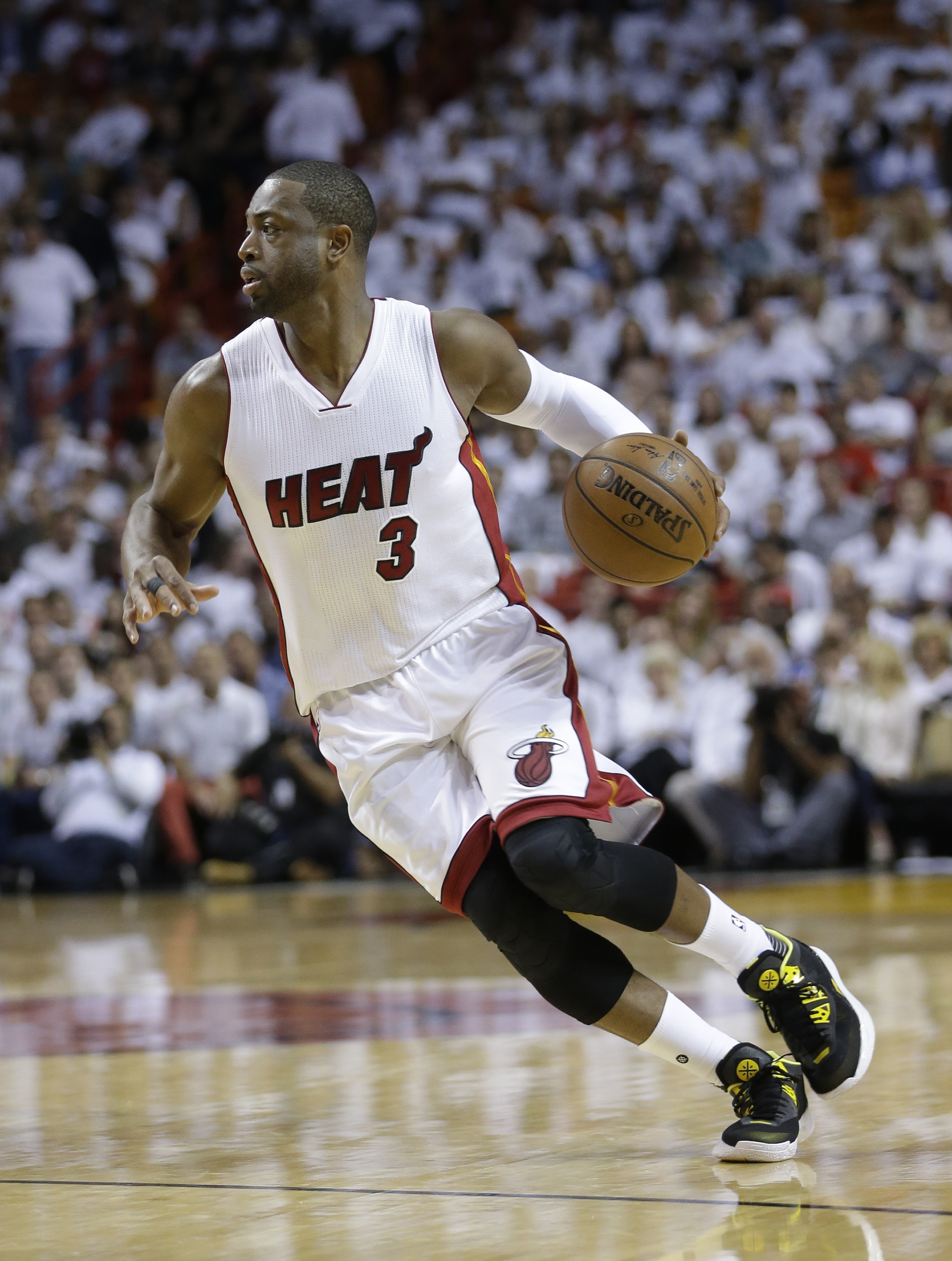Heat star Dwayne Wade a cover model for ESPN body issue