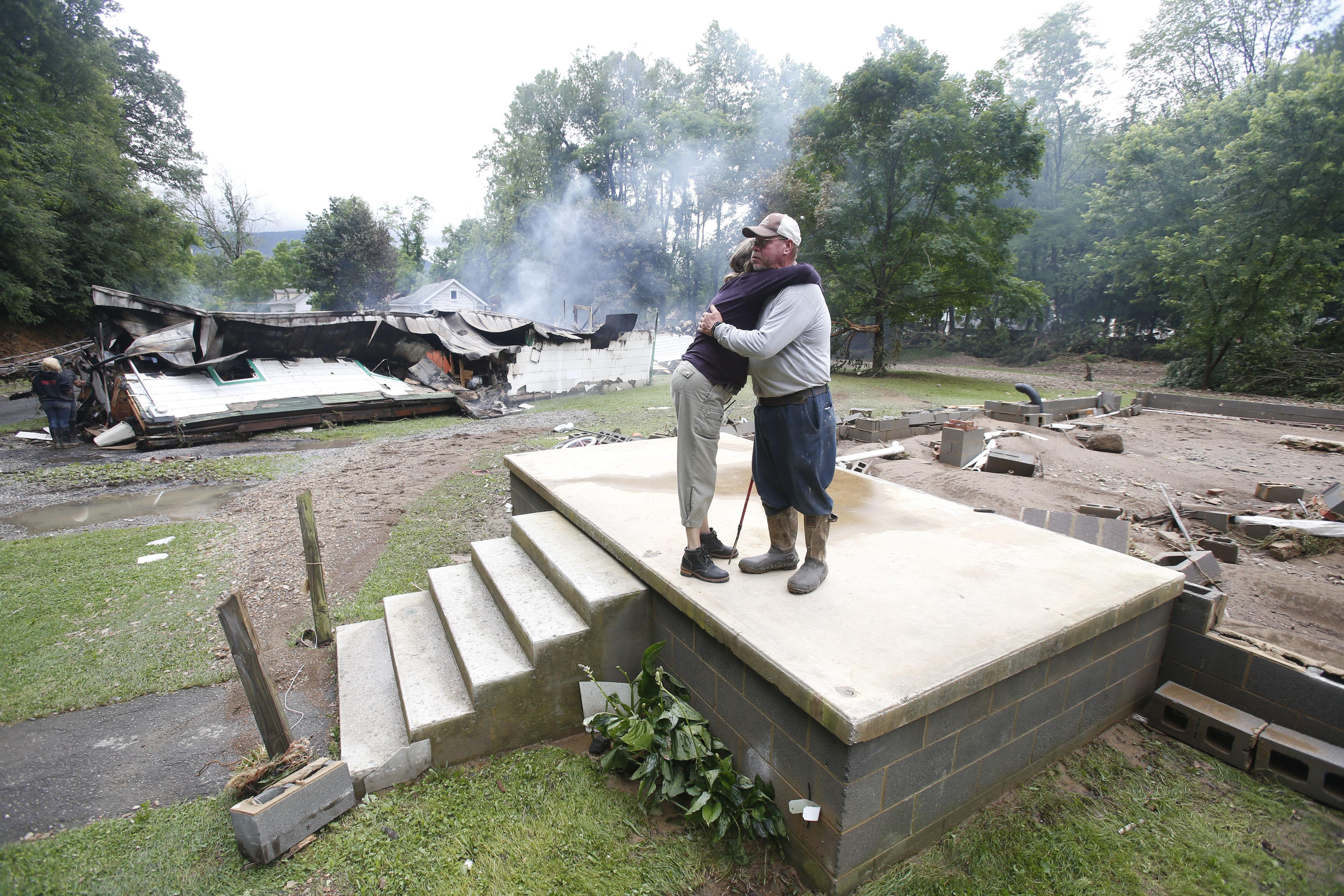 Death Toll Hits 26 In Devastating West Virginia Floods Kgw Com