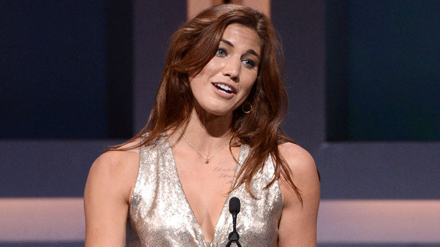 Hope Solo Gets Booed at Olympics After Controversial Zika ...