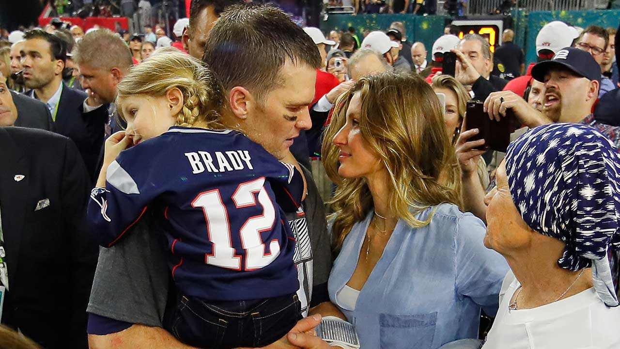 Tom Brady's Super Bowl Winning Jersey May Have Been Stolen During ...