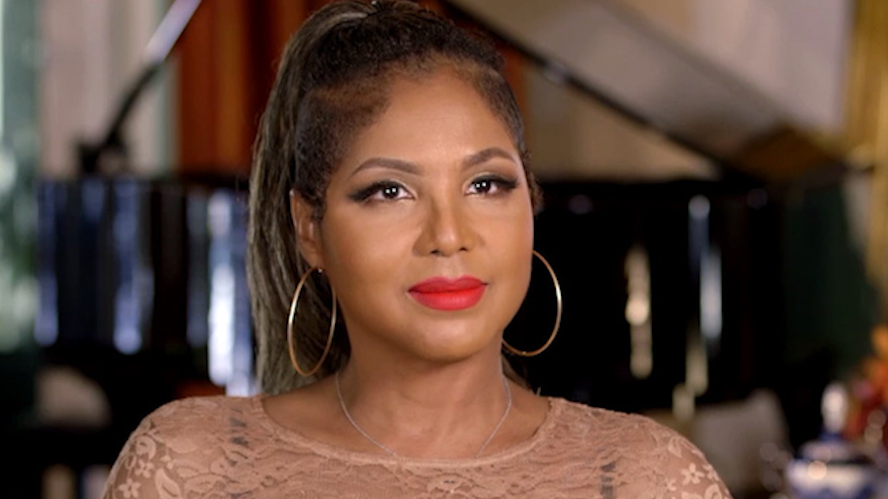 9newscom exclusive toni braxton gets a romantic