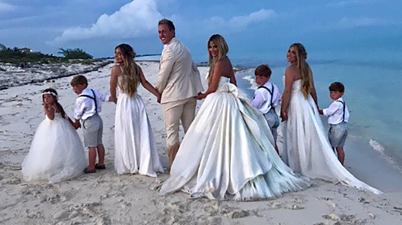 Kim Zolciak Renews Her Vows To Husband Kroy Biermann -- See Her Glam Wedding Dress! | WHAS11.com