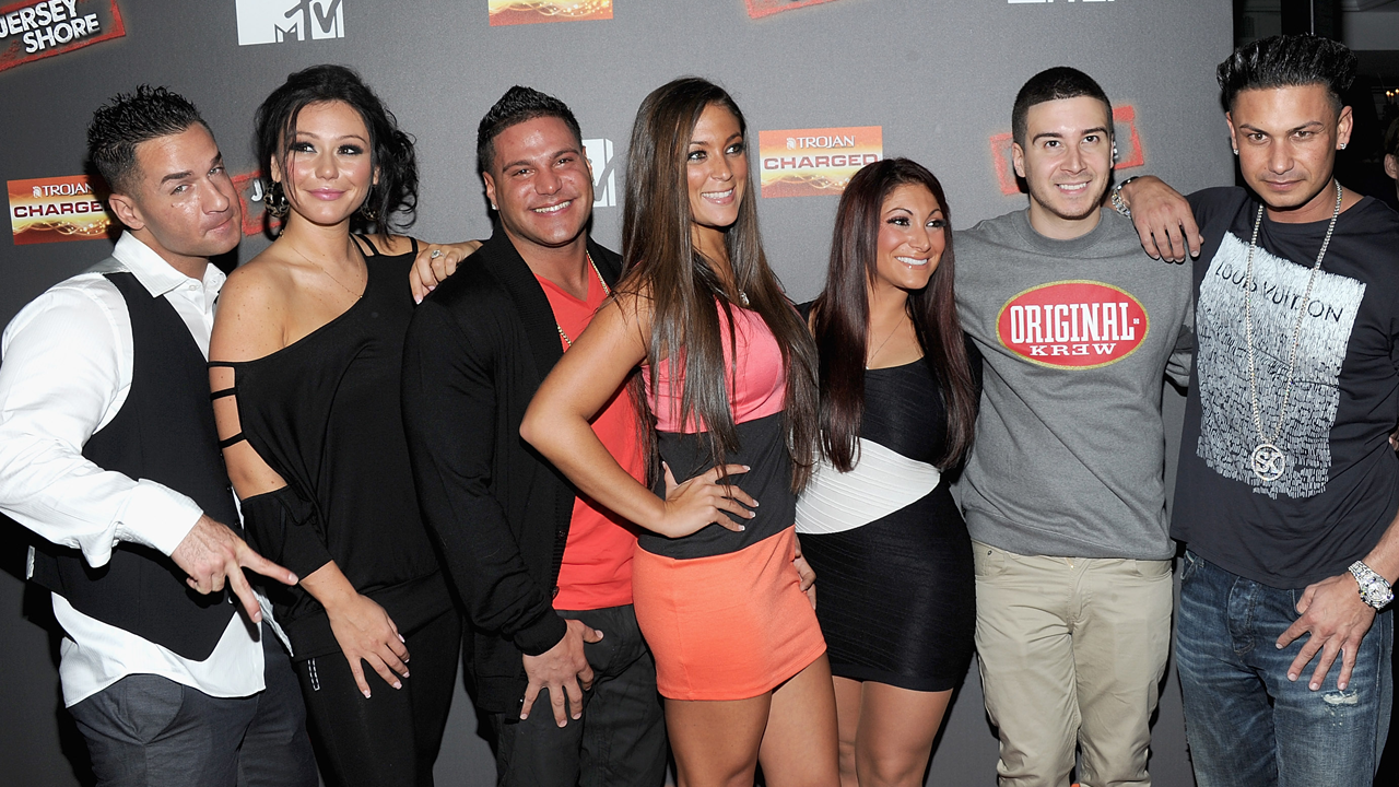 Jersey Shore' Cast Reminisces About JWoww and Pauly D's Infamous ...