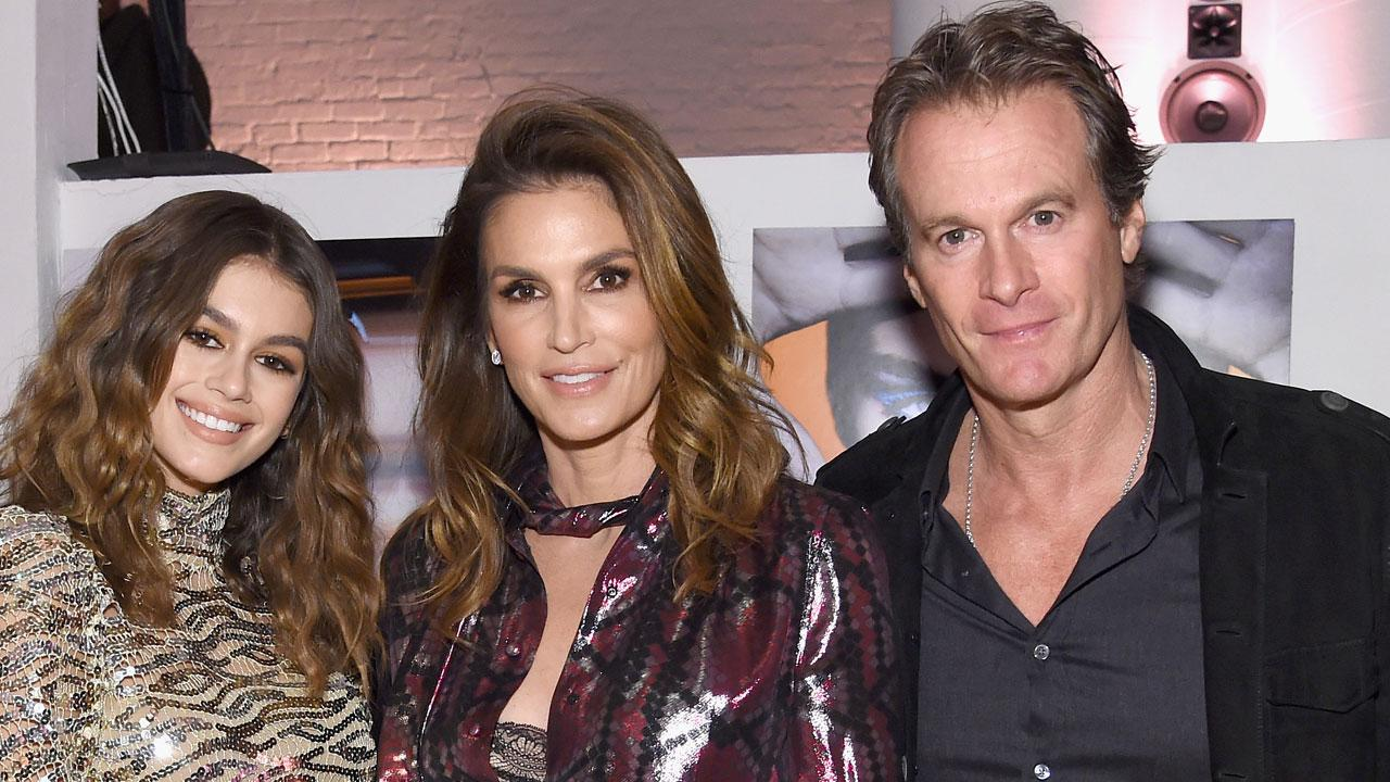 cindy crawford celebrates daughter kaia gerber