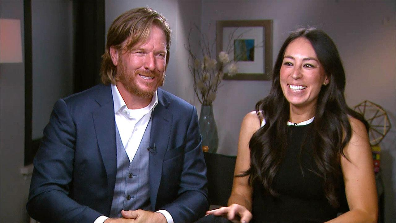 Joanna Gaines National Background - Chip and joanna gaines talk pregnancy rumors don t rule out return to tv exclusive 9news com