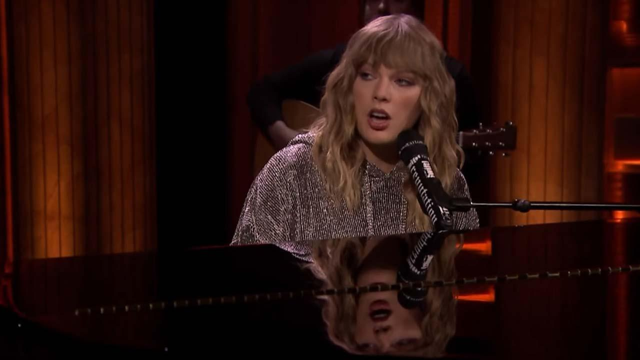Taylor Swift Makes a Surprise \u0027Tonight Show\u0027 Appearance to Welcome ...